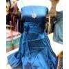 gaun biru bunga