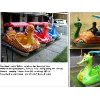 sepeda air perahu bebek angsa