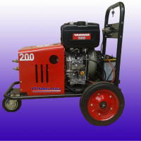 pompa water jet cleaners 200 bar engine