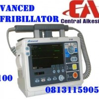 DEFIBRILLATOR ADVANCED D-100