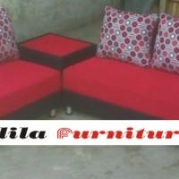 Sofa Minimalis Type 3.2 Meja Pojok