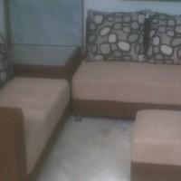 Sofa Minimalis Type 3.2 Meja Pojok Kain Bludru Hennesy + 5 Bantal Besar