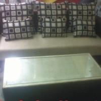 Sofa Minimalis Tunggal Kain Bludru Hennesy