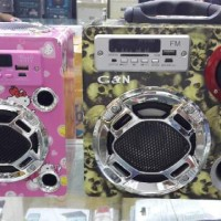 speaker aktif type 158   dan 170 ada 3 wrn, htm, hijau skull,pink hello kitty