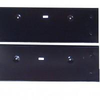 Tatakan plat nomor selip/sliding dengan braket nongol