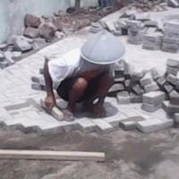 Pemasangan Konblock / Paving Block Bongkar Pasang Paving Block Amblas, Rusak, Ganti Baru, Ganti Pola