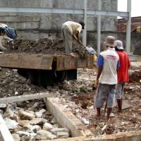 Urugan Tanah, Puing, di Jakarta | Jasa Tukang Urugan | Kebayoran Baru, Kemang, Bangka, Ampera, Pondo