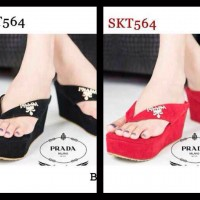 Wedges prada