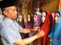 Perajin Ini Raup Rp 150 Juta/Bulan Dari Jilbab Buatannya Sendiri