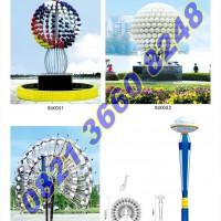 Lampu Hias Taman Kota Kreatif 2016