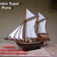 Miniatur Kapal Layar Pinisi | Souvenir UNIK dan MURAH