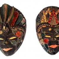 Topeng Batik Kayu