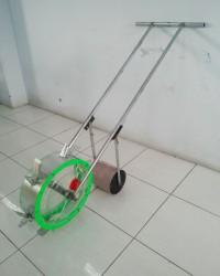 Alat Pemupuk / Push Seeder / tanam jagung SAAM-CP010 (Material Aluminium)