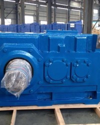 TORK DRIVE Right Angle Shaft Helical Gear Box, TORK DRIVE Right Angle Shaft Gear Box, Right Angle Sh