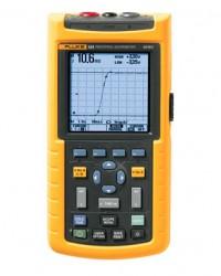Fluke 124 Industrial ScopeMeter® Hand Held Oscilloscope