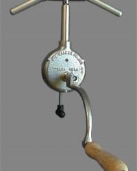 WALKER CENTRIFUGE HAND DRIVEN 2-PLACE 12.5 ML TUBES 18801