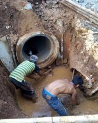 Jasa Perbaikan dan Pembuatan Saluran Air Drainase Pakai U-dit, Pasang Batu Kali di Lebak Bulus, Fat
