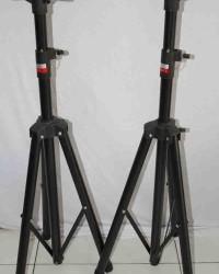 stand  speaker