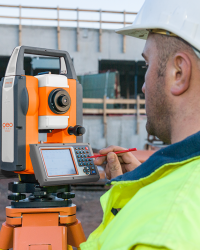 Alat Survey - Total Station Geo Fennel FTS 102