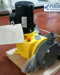 Dosing Pump Milton Roy GM0240