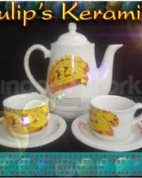 COFFE SET ( TEKO + CANGKIR Dan PIRING TATAK) Mug Souvenir
