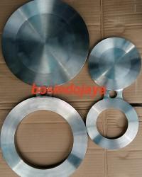 SPECTACLE BLIND FLANGE CARBON STEEL A516 Gr.70