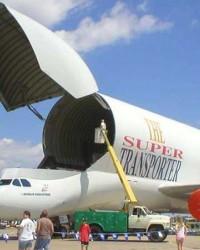 import international Via Air freight