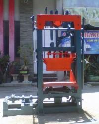 Mesin batako atau paving unp 8 kualitas terjamin