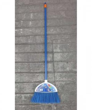 Sapu Plastik Brescia Warna Biru Merk Clean & Care.