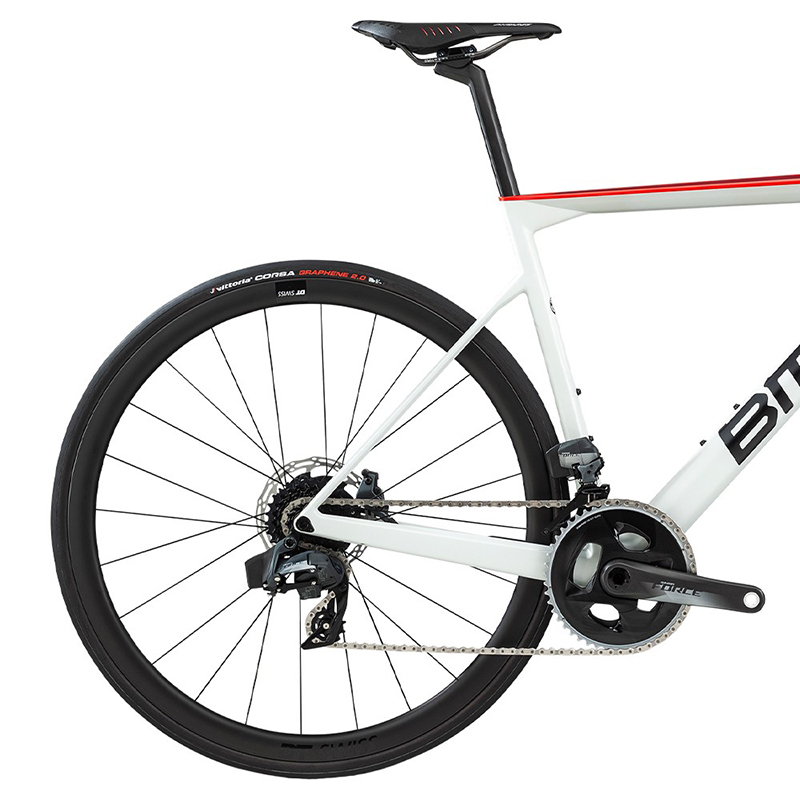 2020-bmc-teammachine-slr01-disc-three-road-bike1
