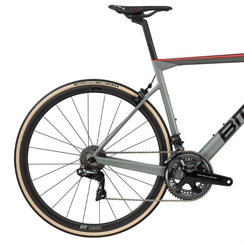 2020-bmc-teammachine-slr01-one-road-bike1
